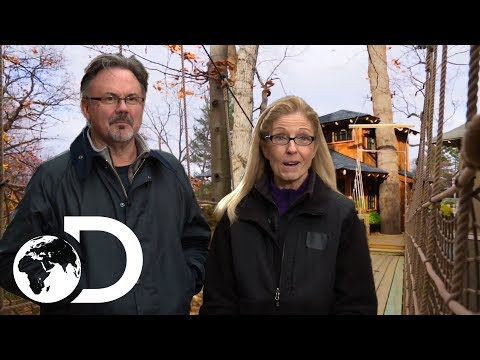 Now That's What You Call A Luxury Treehouse! | Treehouse Masters