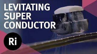 Levitating Superconductor on a Möbius strip thumbnail