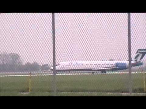 Plane Spotting at KDAY