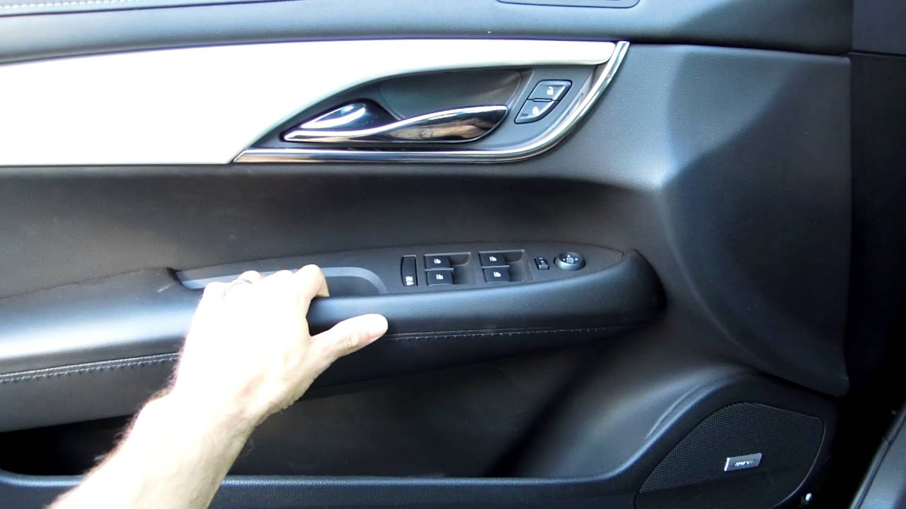 & 2013 Cadillac ATS - Squeaky Door Panel - YouTube
