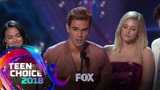 Riverdale Wins Choice Drama TV Show | TEEN CHOICE