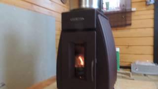 видео Печь в деревянном доме.