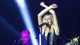 Kelsea Ballerini XO Live at You Look Good Tour - Glasgow.mp3
