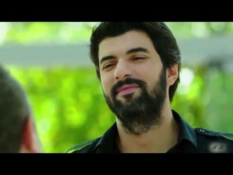 Engin Akyürek Omer Demir Tengo la camisa negra