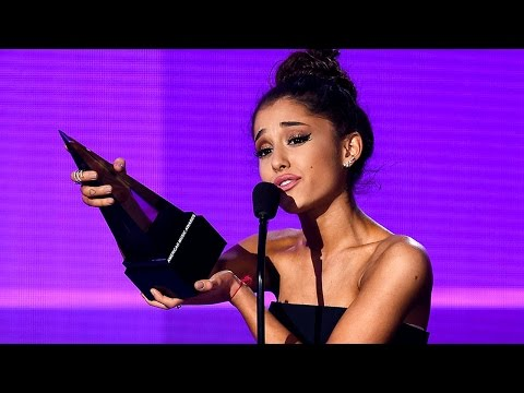 ariana-grande-performs-'focus,-cries-after-winning-at-2015-american-music-awards