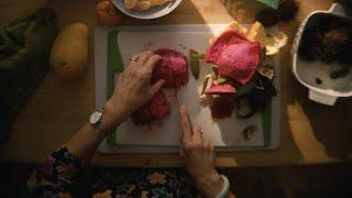 eaJ - mom cut fruit