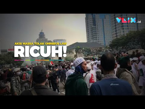 Aksi Massa PA 212 Tolak Omnibus Law Ricuh Di Bundaran Patung Kuda