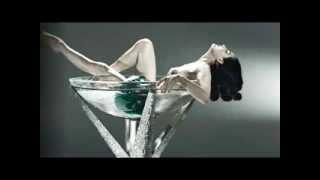 SEXY DITA VON TEESE - PIN UP REAL