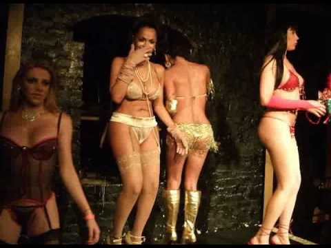 DINA DELICIOUS PRESENTS:ALLANAH STARR BIRTHDAY PARTY   2008-4TRANNIES ON STAGE
