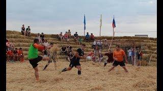 Бахча Пономаревых футбол на соломе Красное Ставропольский край
