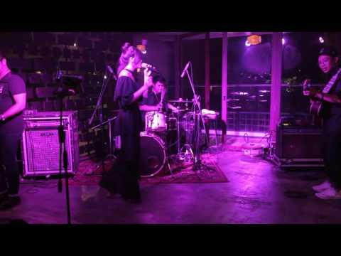 NADHIRA - HAIR (Live Cover)