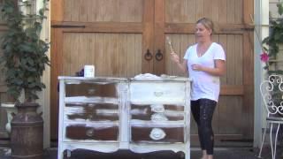 Annie Sloan Chalk Paint: Painting Hardware