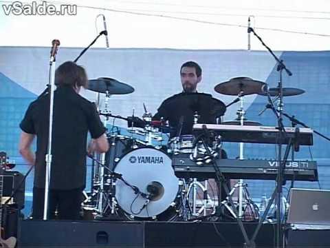 Би-2. Игра на барабанах