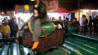ito en el savino guanajuato mexico toro mecanico