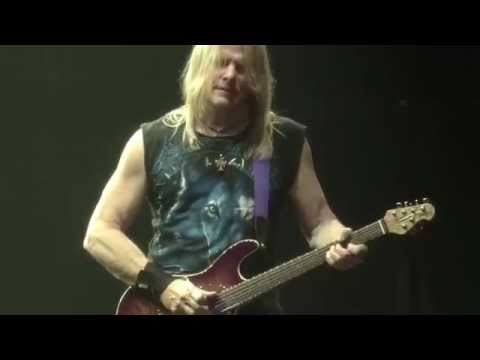 Deep Purple - Smoke On The Water (..to the Rising Sun in Tokyo 2014 Full HD)