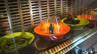 Ресторанчик - транспортер  вкусно и недорого поесть в Праге по типу шведского стола.(, 2014-05-25T18:02:51.000Z)