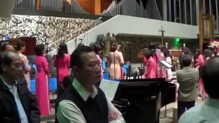 Bé Hiền Dạo Piano - Trong Trái Tim Chúa