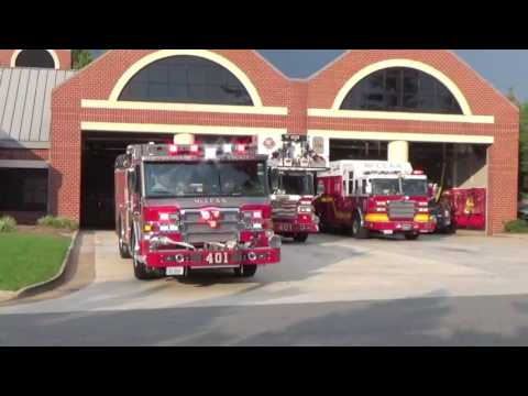 McLean/Fairfax County Engine, Tower, and Rescue Squad 401 Responding