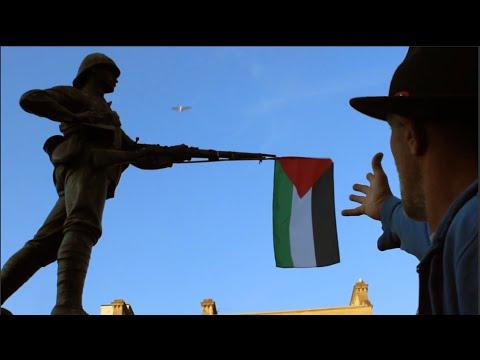 Palestine Protest Bristol statue