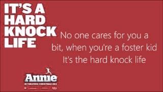 Video It's a hard knock life Lyrics (Annie 2014) download MP3, 3GP, MP4, WEBM, AVI, FLV Juli 2018