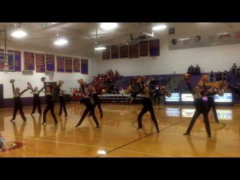 Stephen Mack Middle School's First Performance. Coached by Mackenzie Byxbe and Taylor Daniels.
