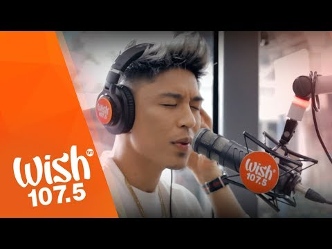 Kris Lawrence performs Ako Na Lang  on Wish 1075 Bus