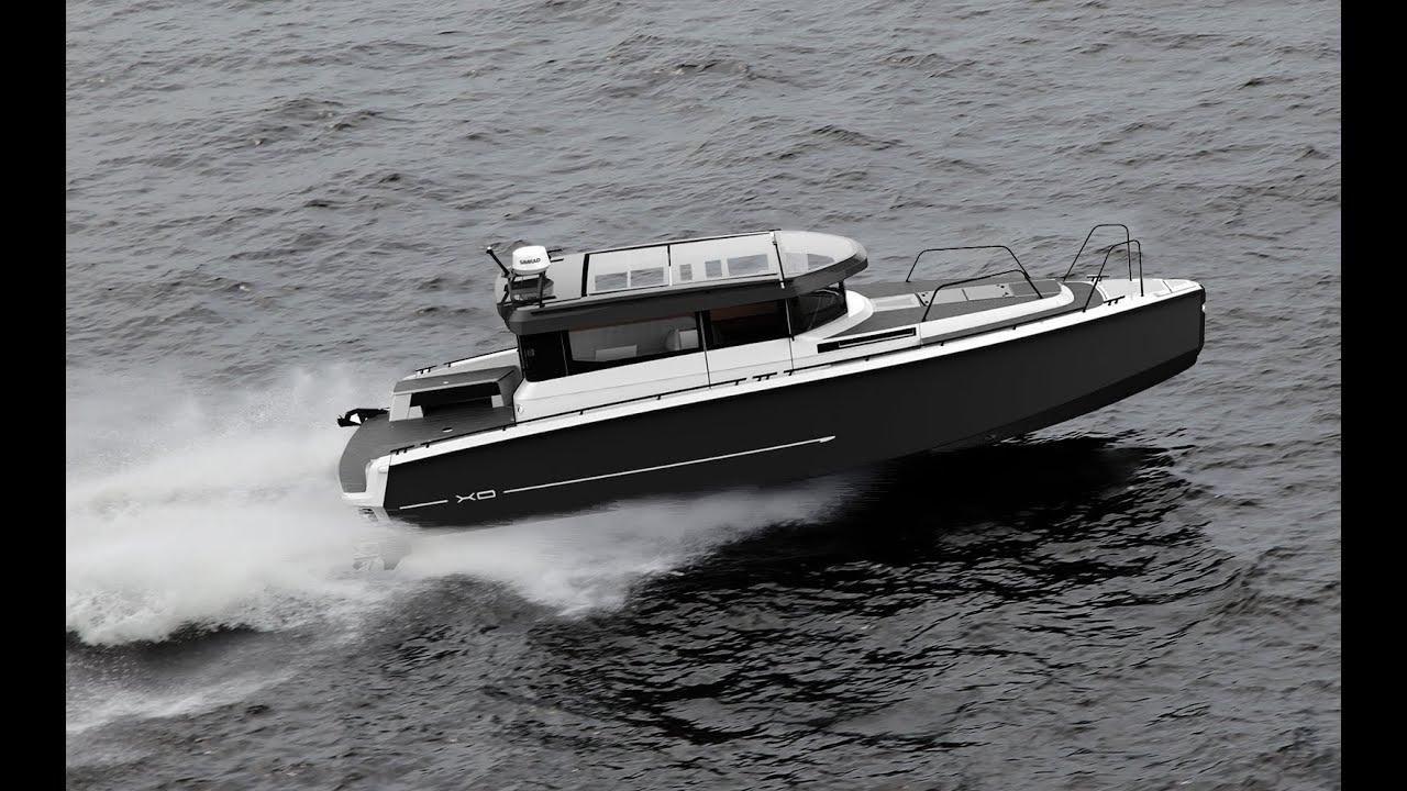 Если же вы планируете рыбалку на реке, то лучше купить алюминиевый катер без каюты и с невысокими бортами — обычную речную модель.