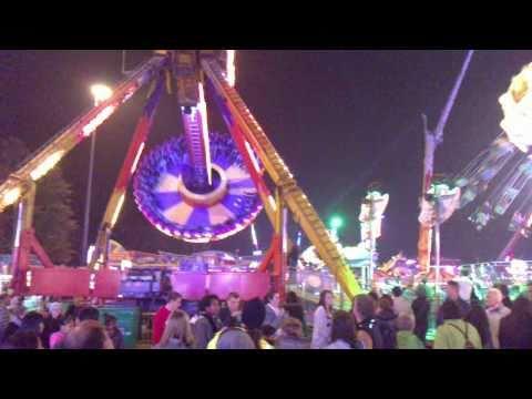 Download Goose fair at night