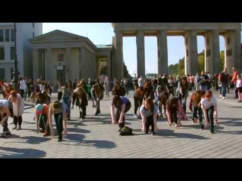 K-Pop Flashmob 04.10.2014 Brandenburger Tor Berlin