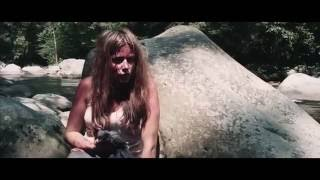 Девушка в лесу (2016) — Трейлер