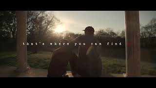 Rodney Atkins - Caught Up In The Country   Lyric Video