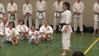 World Champion RIKA USAMI teaches CHATAN YARA KUSANKU kata
