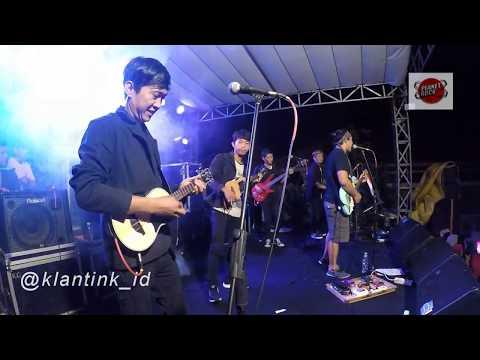 FourTwnty - Zona Nyaman Versi Keroncong (KLANTINK)Live UNESA Surabaya