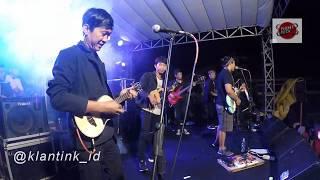 Gambar cover FourTwnty - Zona Nyaman Versi Keroncong (KLANTINK)Live UNESA Surabaya