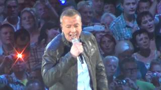 Jannes Live Concert Ahoy Rotterdam  - jannes opkomst dat die binnen kwam met de trekker / boerenmeid
