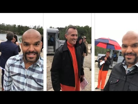Amaury Nolasco with Robert Knepper dirung recording  Prison break