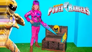 Saban Power Rangers inspired Assistant Morphs into Pink and Yellow Rangers