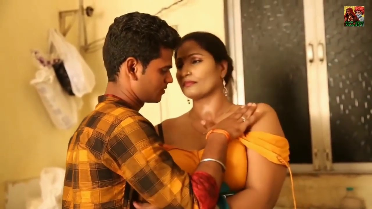Download Sexy Bhabhi Romance with Young Dewar   Indian wife romantic scene