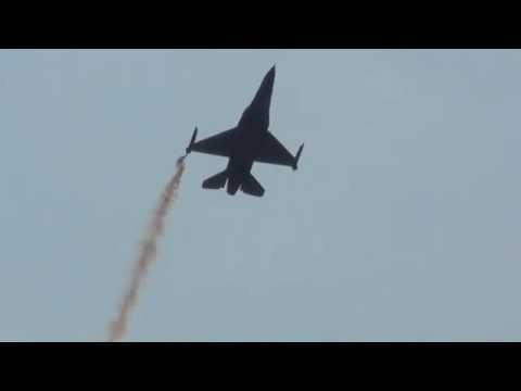 HAF F-16 Zeus Demo Team Thessaloniki parade