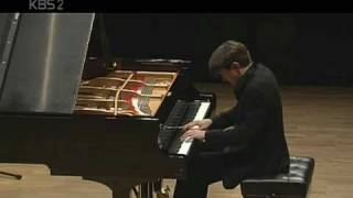 Freddy Kempf plays Beethoven