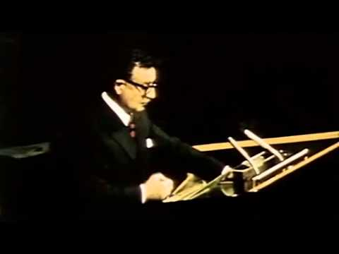 Allende Speech at United Nations in 1972 with improved English subtitles.