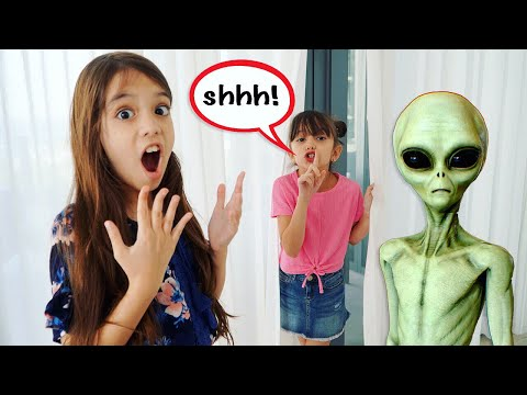 HIDE and SEEK Challenge with Goo Goo Galaxy Aliens!