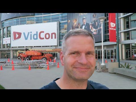 VidCon Setup and Downtown Disney | FunFoods