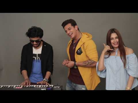 Prince Narula & Yuvika Chaudhary Singing Live   Hello Hello   MissMalini Interview
