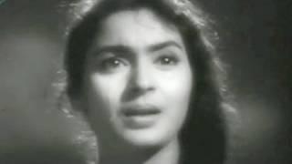 Bekas Ki Tabahi Ke Samaan - Nutan, Asha Bhosle, Sone Ki Chidiya Song