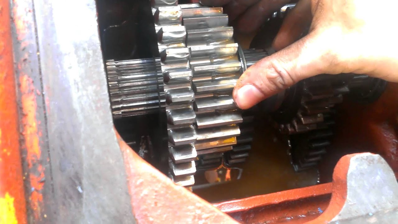 Exposed Transmission Gears From    Case    580CK Backhoe  YouTube