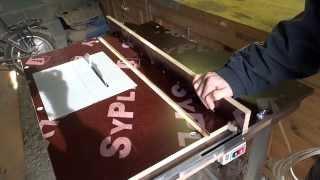 циркулярный стол из ручной дисковой-циркулярной пилы своими руками Как сделать распиловочный станок