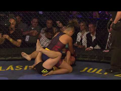 Top MMA Finishes and KOs: Kyra Batara vs. Vanesa Rico | #30Days30Finishes | Combate Americas