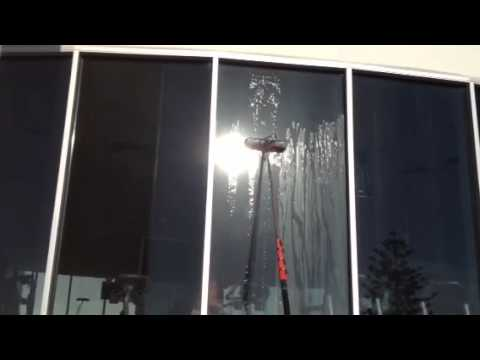Broadbeach window cleaning | Water fed poling