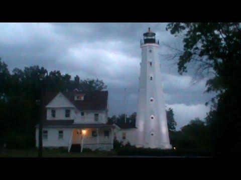 Rain on Car -  North Point Lighthouse   ambient rain video